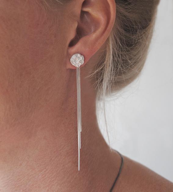 zilveren gehaakte oorknop | mieke de been • sieraden